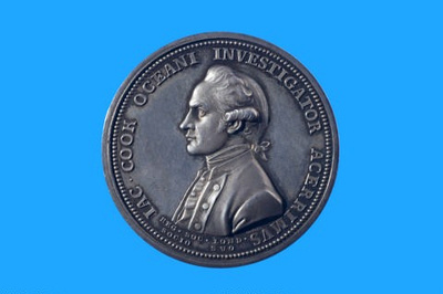 The Royal Society Medal, in commemoration of Captain Cook; Lewis Pingo; 1784; SF000685