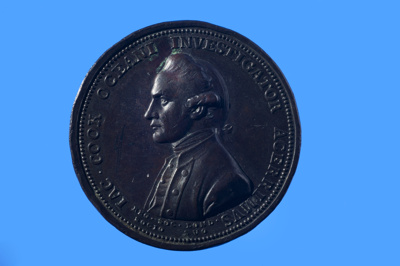The Royal Society Medal, in commemoration of Captain James Cook. Silver 43mm. Issued in London by the Royal Society ; Lewis Pingo; 1784; SF000686