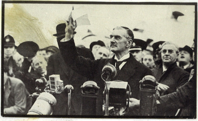 """Photograph - Chamberlain after his return from Munich in 1938 - """"Peace in our time""""; 1/01/1938; 8961"""