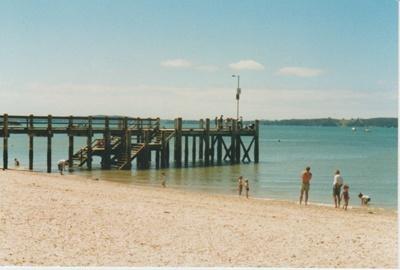 Maraetai wharf; La Roche, Alan; 2005; 2017.327.05