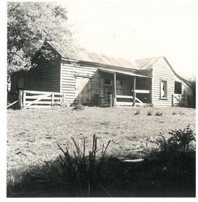 Grangers Homestead on the Whitford-Maraetai Road; McCaw, John; 1970; 2017.102.59