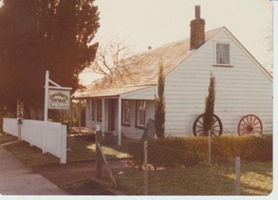 Shamrock Cottage.; La Roche, Alan; 1/08/1975; 2018.042.42