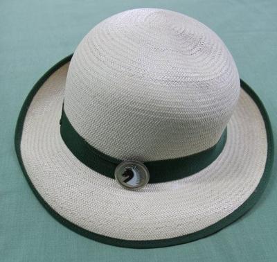 Hat; Unknown; 1960-1970; T2016.542
