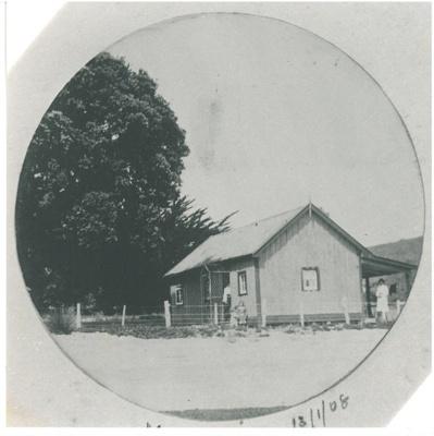 Cottage at Maraetai Beach 1908; 13/01/1908; 2017.300.59