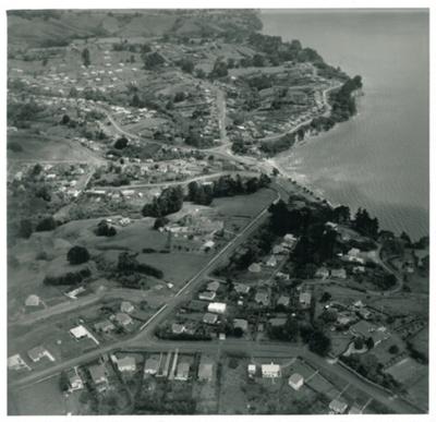 Howick Beach, 1954; Air Logistics (Whites Aviation); 22.2.1954; 2016.542.47