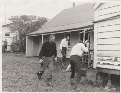 Shamrock Cottage.; Legge, David, David Legge Photographer; 22/06/1968; 2018.035.03