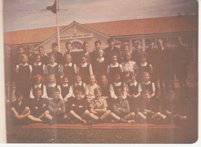 Howick District High School class; 1948-1950; 2019.080.08