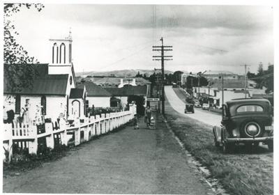 Picton Street, 1947; N.Z. Herald; 1947; 2016.220.52