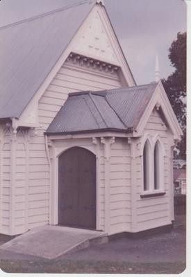 St Andrews Presbyterian Church on Ridge Road.; La Roche, Alan; 1/04/1983; 2018.254.07