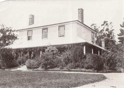 Bleakhouse, Bleakhouse Rd, Howick. c.1900. Rober...