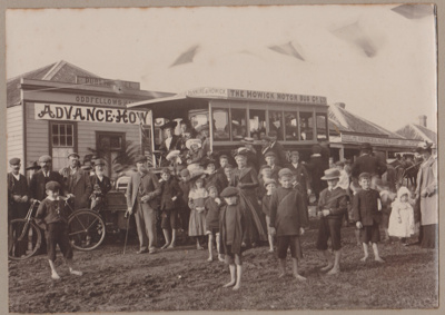 The first Howick Motor bus; 1904; 2017.490.05