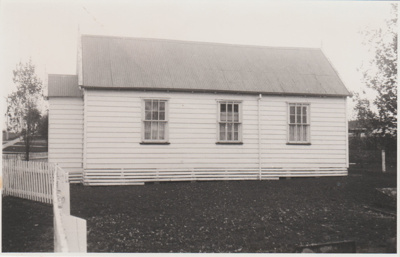 Pakuranga Methodist Church in 1972; La Roche, Alan; 1972; 2018.110.28