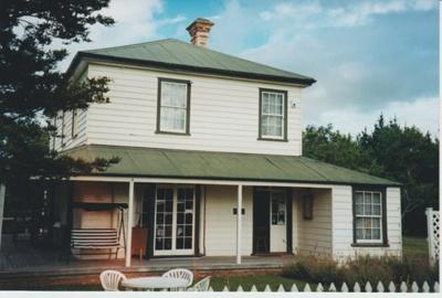 Bell House 2001.; La Roche, Alan; 1/02/2001; 2018.064.68