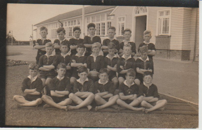 Howick District High School Rugby Football team.; Sefton, William John; 1948; 2019.072.13