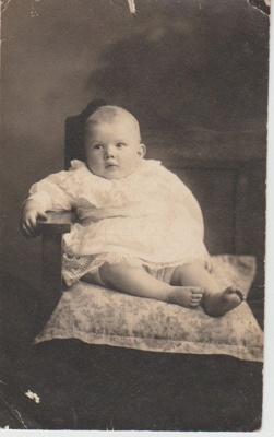 Robert Hattaway aged 11 months.; 5.12.1917; 2018.364.15