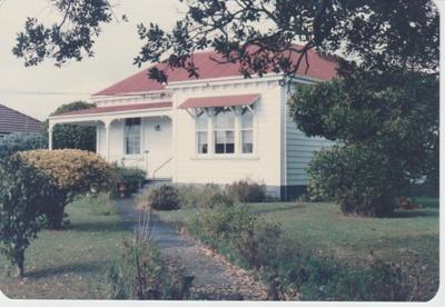 Brickell home.; La Roche, Alan; 1/05/1986; 2017.603.14