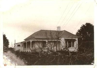 Brickell Home, Ridget Rd, Howick, 1970.; Alan La Roche; Sept 1970; 11020