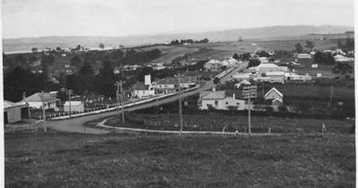 Picton Street, Howick, from Ridge Road; circa 1928; 1014