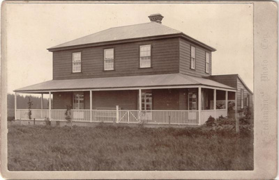 Bell House, Pakuranga, c.1898; Zealandia Photo Company; c. 1898; 14609