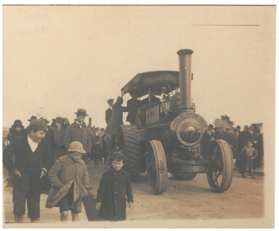 Massey's traction engine; 16/08/1916; 2017.284.20