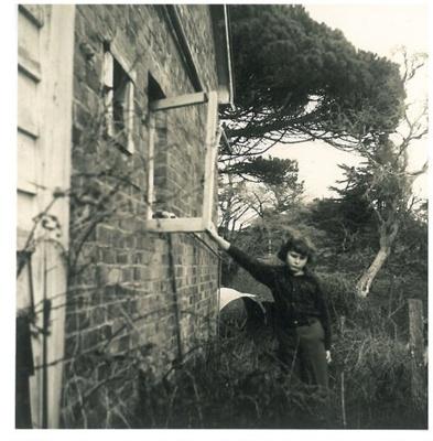Grangers cottage on the Whitford-Maraetai Road; McCaw, John; 1970; 2017.102.64