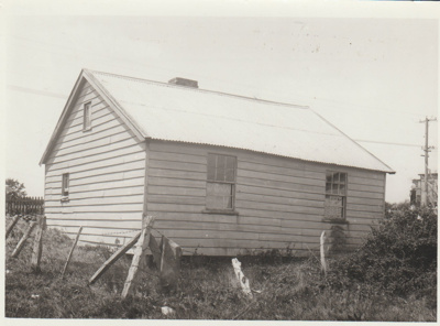 A pensioner's cottage in Howick emorial Community Centre; c1930; 2017.633.51