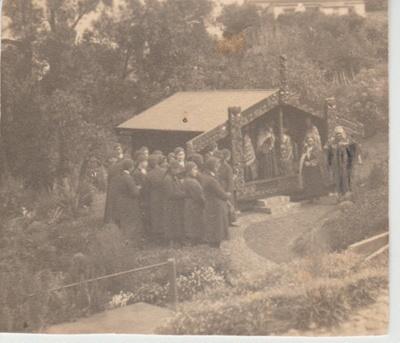 The dedication of Torere Ngai Tai (Maori Meeting House) in the Garden of Memories.; 20/10/1936; 2019.090.10