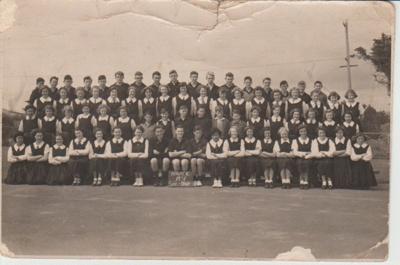 Howick District High School Pupils, 1951; Sloan, Ralph S, Auckland; 1951; 2019.072.28