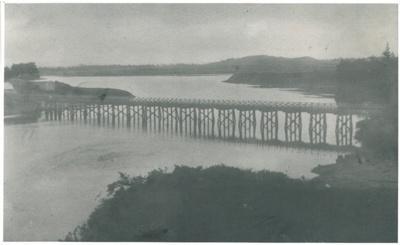 Panmure Bridge, c1910; c1910; 2017.273.04