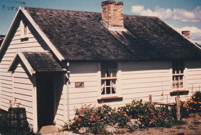 Briody-McDaniel's cottage, previously McDermott's, at the Howick Historical Village.; La Roche, Alan; 1981; P2020.98.14