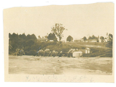 Eastern end of Howick Beach and Granger Road; Judkins, A J T; c1920; 2016.527.28