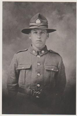 James Isaac Grigg in his World War 1 uniform.; 2018.357.01