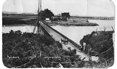 Postcard photograph of Panmure Bridge and toll hou...