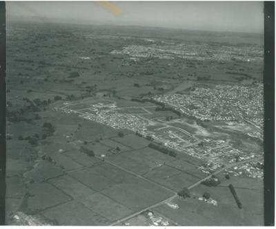 Aerial view of Pakuranga; Air Logistics (Whites Aviation); 14.4.1972; 2016.490.89