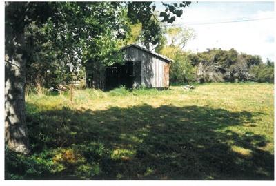 The barn at Hawthorndene; La Roche, Alan; c2000; 2016.304.03