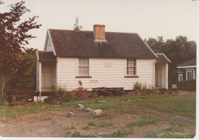 Sergeant Barry's cottage; La Roche, Alan; 1/11/1979; 2019.092.05
