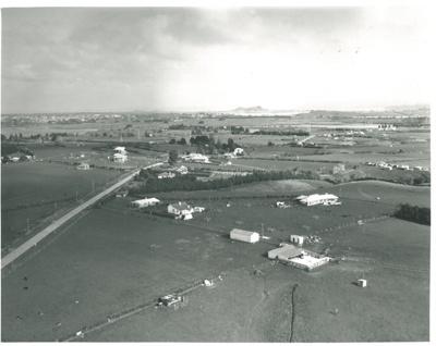 Aerial view of Pakuranga, 24 June 1949.; Whites Aviation; 24/06/1949; 2016.456.52