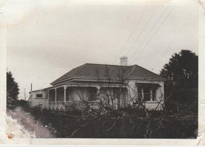 The Brickell home.; La Roche, Alan; 1/09/1970; 2017.608.20