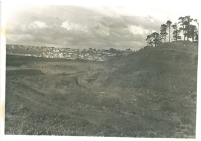 Quarrying on Pigeon Mountain; 1960-1970; 2016.434.28
