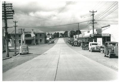 Picton Street, 1947; Duncan, Frank; 1947; 2016.197.22