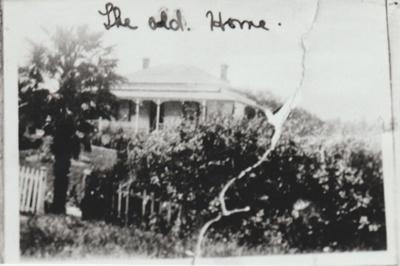 The Old Home; Farrow, Lenice; 2016.205.39