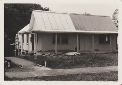 Howick Girl Guides Hall in Vincent Street.; La Roche, Alan; 1/02/1989; 2017.598.07