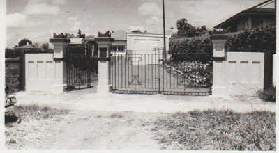 Howick Bowling Club gates.; Campbell, Keith; 1956; 2017.374.27