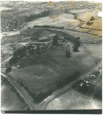Aerial view of Pigeon Mountain; Whites Aviation; 1972; 2016.425.10