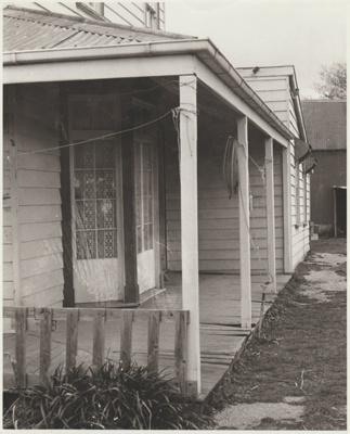 Bell House.; Roff, Richard; 2018.051.49