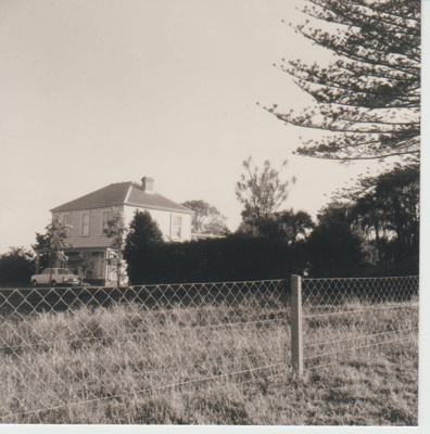 William Roberts homestead on Pakuranga Road; McCaw, John; 1970; 2018.132.22