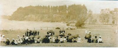 Pakuranga School picnic c.1910; Bell, Elsie; c1910; 2019.038.05