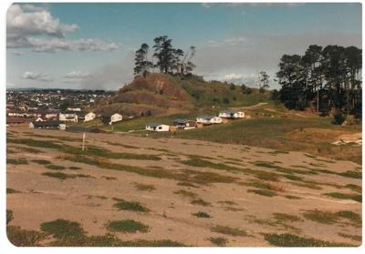 Pigeon Mountain; 1/05/1985; 2016.442.35