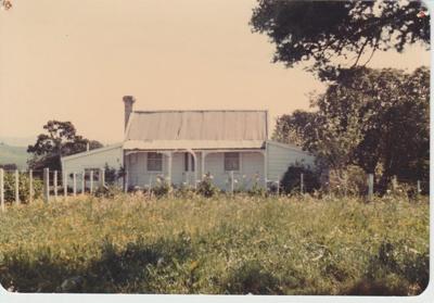 Ambrose Trusts's cottage; La Roche, Alan; 1/11/1982; 2017.149.07