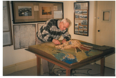 G Fairfield and model of Pigeon Mountain; c1990; 2016.452.47